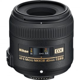 Nikon 40mm 1:2,8 AF-S DX Micro Nikkor G