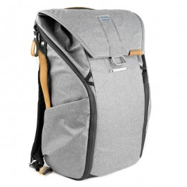 Peak Design Everyday Backpack 20L Ash Foto-Rucksack für DSLR- und DSLM-Kameras (hellgrau)