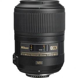 Nikon 85mm 1:3,5 AF-S DX Micro Nikkor G ED VR