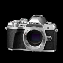 Olympus OM-D E-M10 Mark III Body silber inkl. SanDisk Ultra 533x 32 GB SD UHS-I Karte