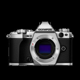 Olympus OM-D E-M5 Mark II Gehäuse Silber inkl. SanDisk Ultra 533x 32 GB SD UHS-I Karte