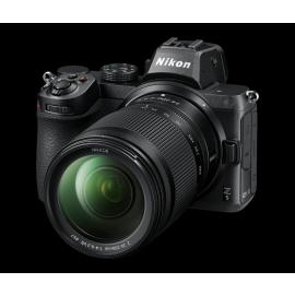 Nikon Z5 + 24-200 mm 1:4-6,3 VR