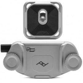 Peak Design Capture Clip v3 Silver inkl. Standard Plate - Kameraclip zum Tragen von DSLR-/DSLM-Kameras an Gurten oder Gürteln